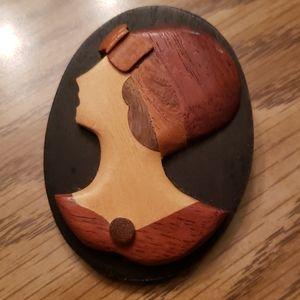 Wood Broach
